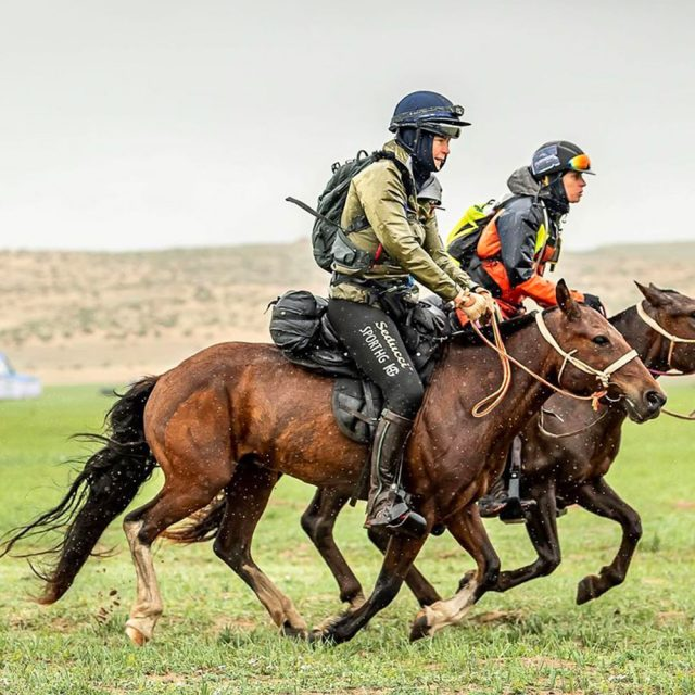 Mongol Derby - Margreet riding with Seducci Breezy Boxer